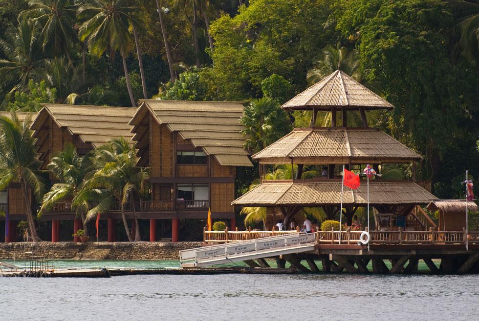 pearl farm beach resort davao - parola bar