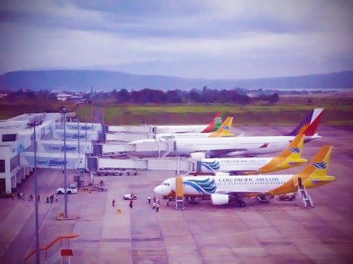 airlines at davao city airport